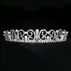 Pearl Water Spray Tiara 172-13832