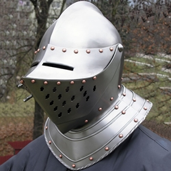 Renaissance Close Helmet