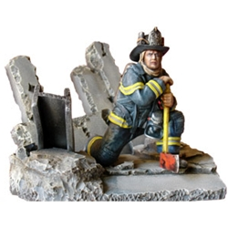 New York Fire Fighter 5-Resin Figurine MEFWR010