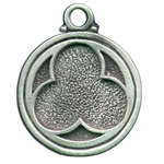 Trefoil Pewter Pendant Necklace 121.0624