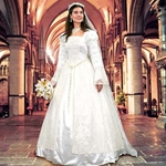 Renaissance Wedding Gown and Veil 101046