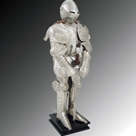Knight in Embossed Armor Miniature Paul Chen Hanwei MH2136