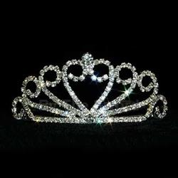 Crystal Heart Spread Tiara 172-13036